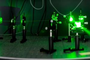 精密机电在光子学中的实际应用